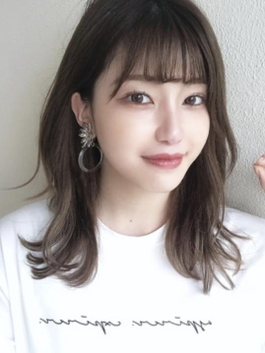 大人かわいい韓国シースルーバングのイメージ